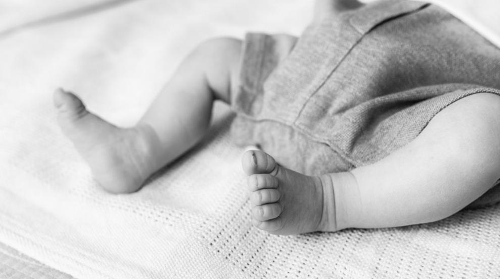 Коя е жената, изоставила бебето си в Петрич? (ВИДЕО)