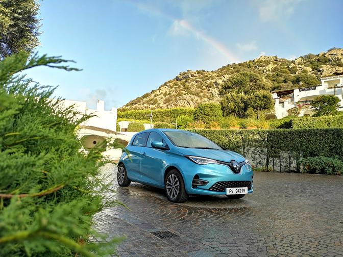 Renault Zoe галерия