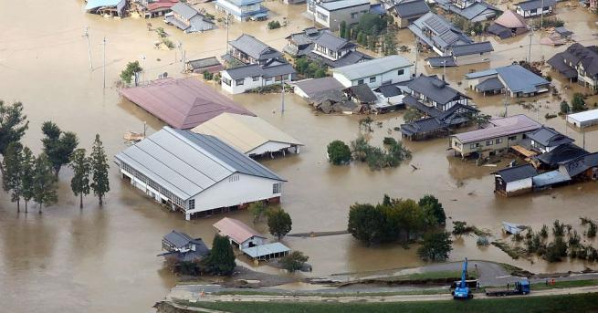 Най-мощният от десетилетия тайфун Хагибис, който премина през източната и