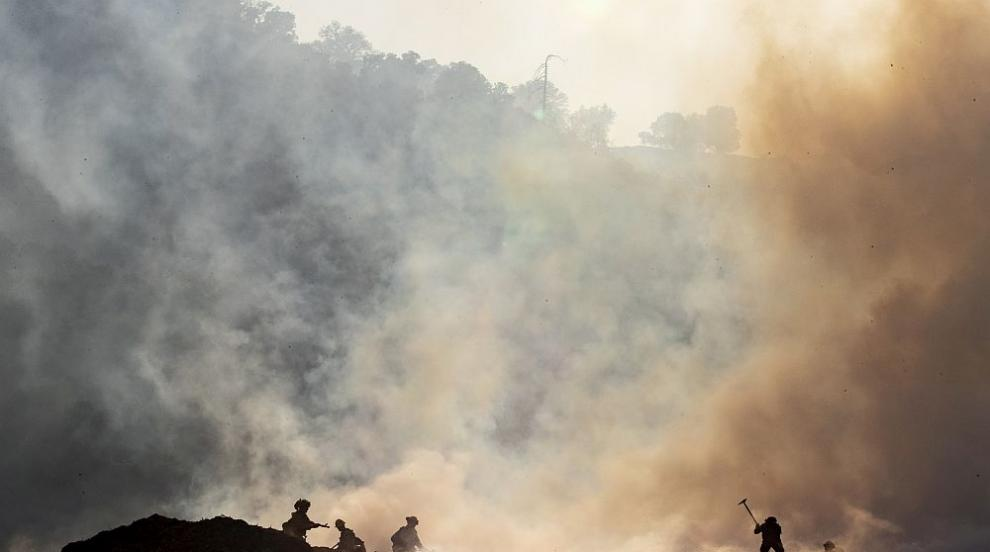 Трима души загинаха при пожарите в Южна Калифорния