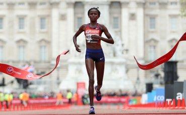 Кенийка разруши световния рекорд в маратона