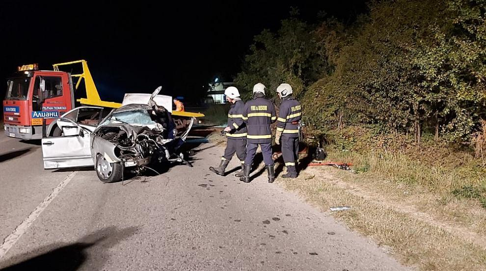 Редица нередности на пътя край Казанлък, където загинаха шест души