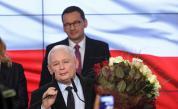 Смазваща победа на управляващите на изборите в Полша