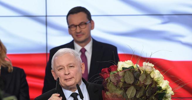 Свят Смазваща победа на управляващите на изборите в Полша Предварителните
