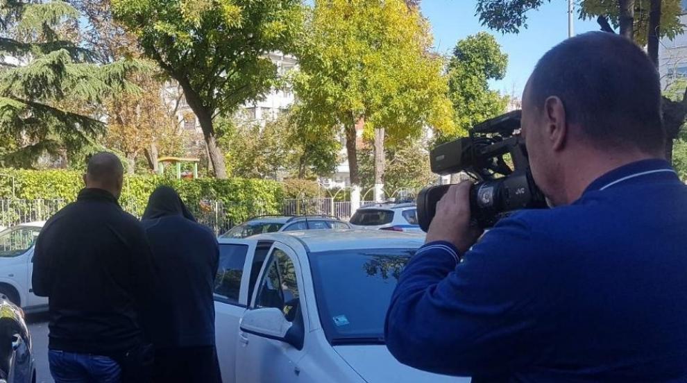Бургас под обсада: Десет задържани в акция срещу група за изнудване (СНИМКИ)