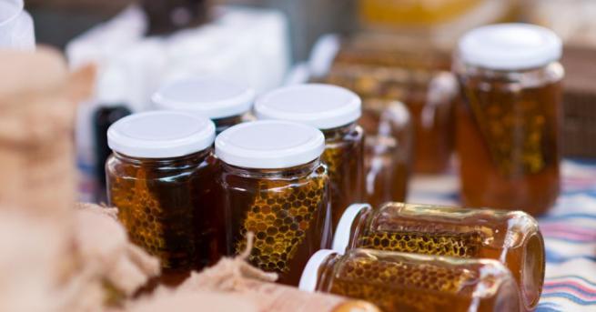 Агенцията по храните (БАБХ) започна проверки на меда, продаван по