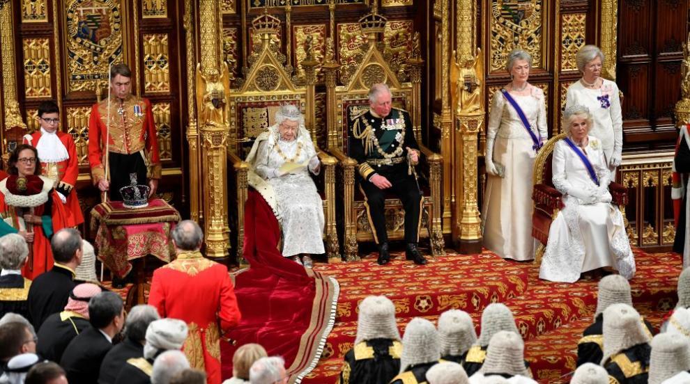 Британец ще съди Бъкингамския дворец за наследството на трона