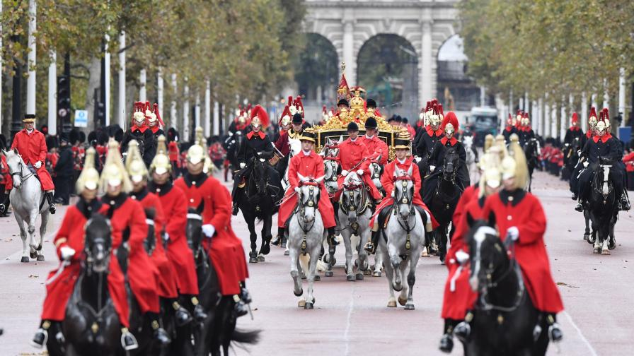 Кралица Елизабет II: Брекзит на 31 октомври...