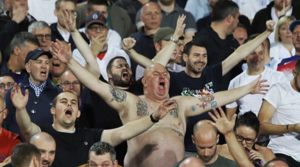 Расистките обиди на мача България-Англия са основна тема във...