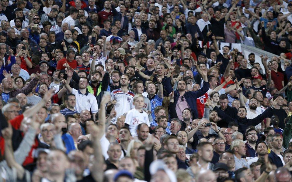 """Английската футболна асоциация потвърди в становище, че играчите на """"трите"""
