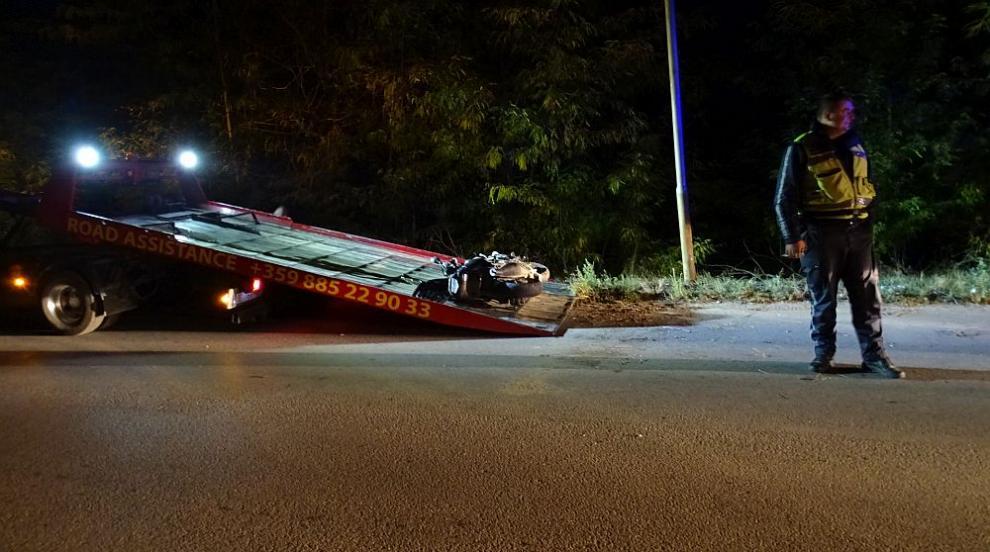 Войната по пътищата: 19-годишен моторист загина край Симитли (СНИМКИ)