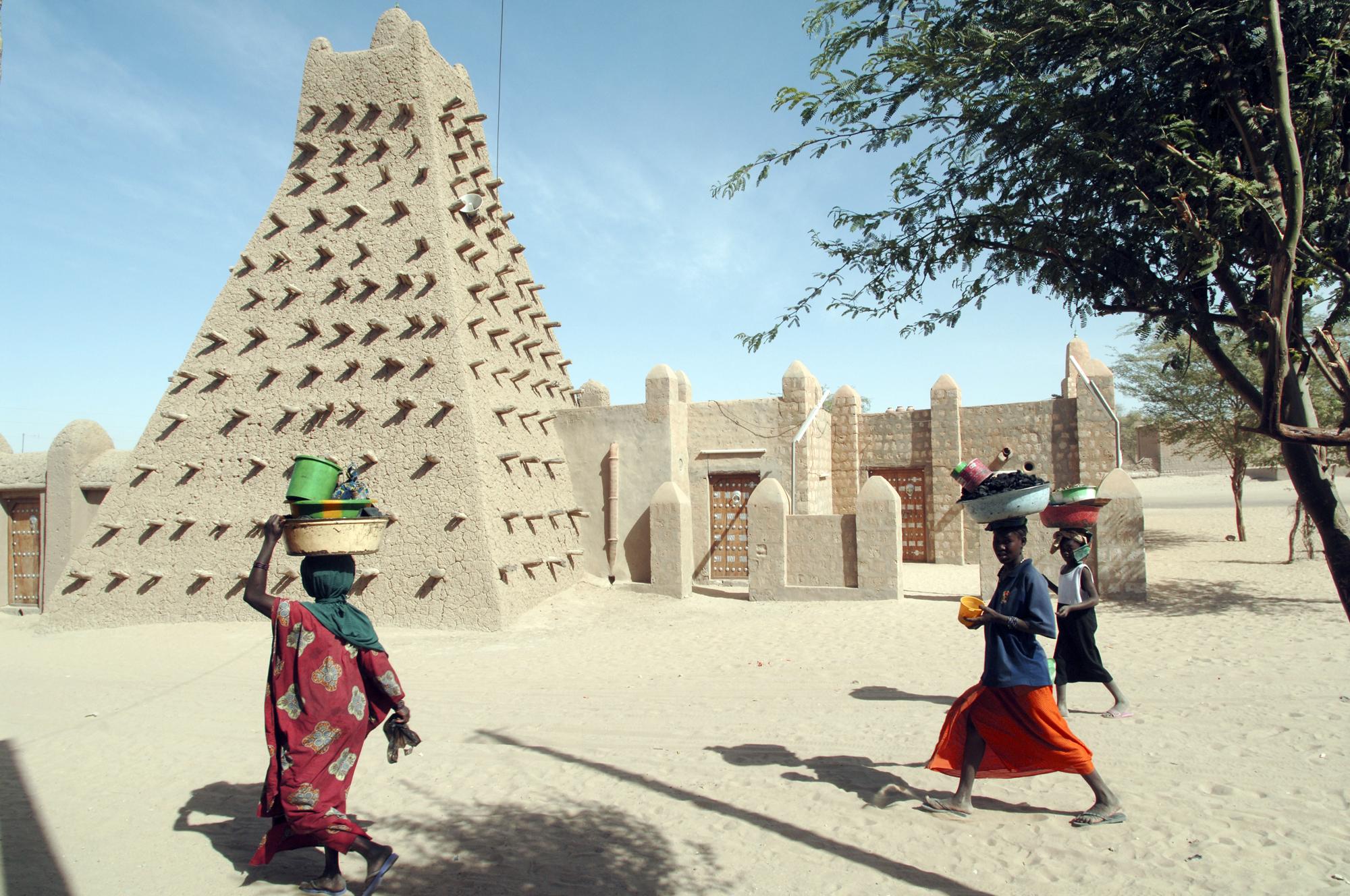 <p>В Тимбукту, който се намира съвесем близо до Сахара, е измерена температура от 49 &deg;C.</p>