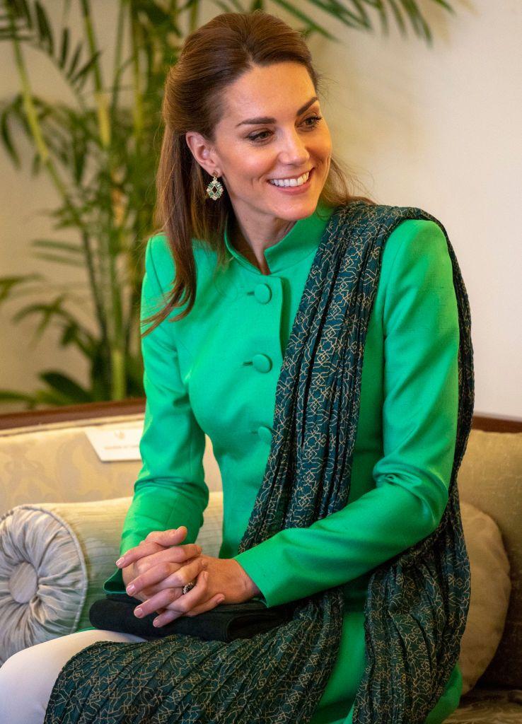 Уилям и Кейт се срещнаха с пакистанския премиер Имран Хан