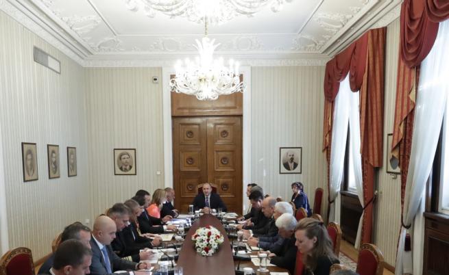 Борисов: Турция да спре операцията в Сирия