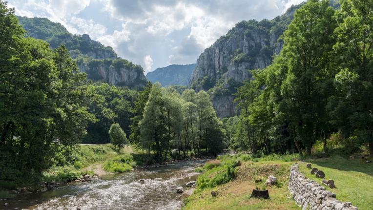 Ждрелото на река Ерма – перфектният избор за еднодневна екскурзия