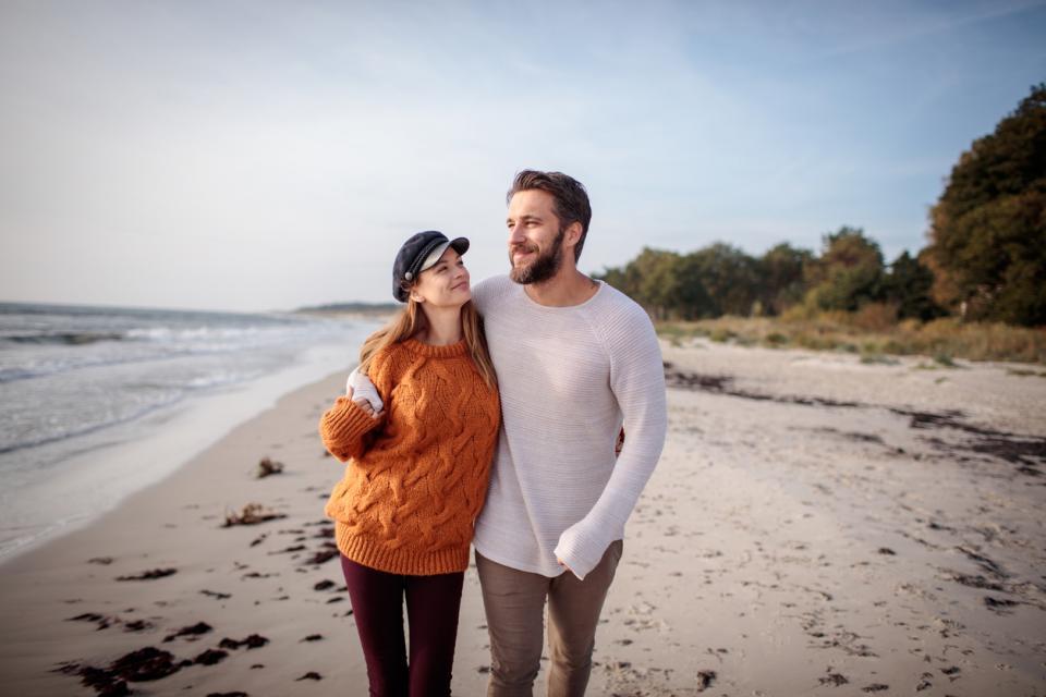 любов двойка връзка плаж