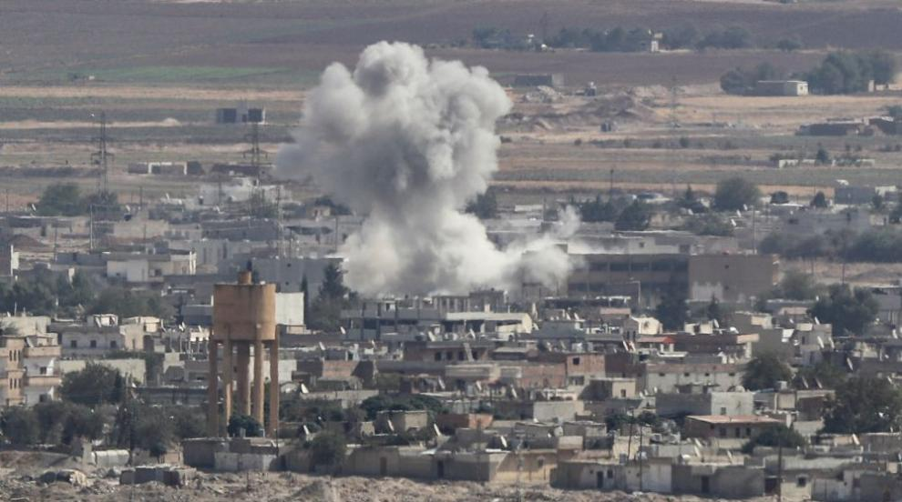 Сирийски активисти съобщават за руски въздушни...
