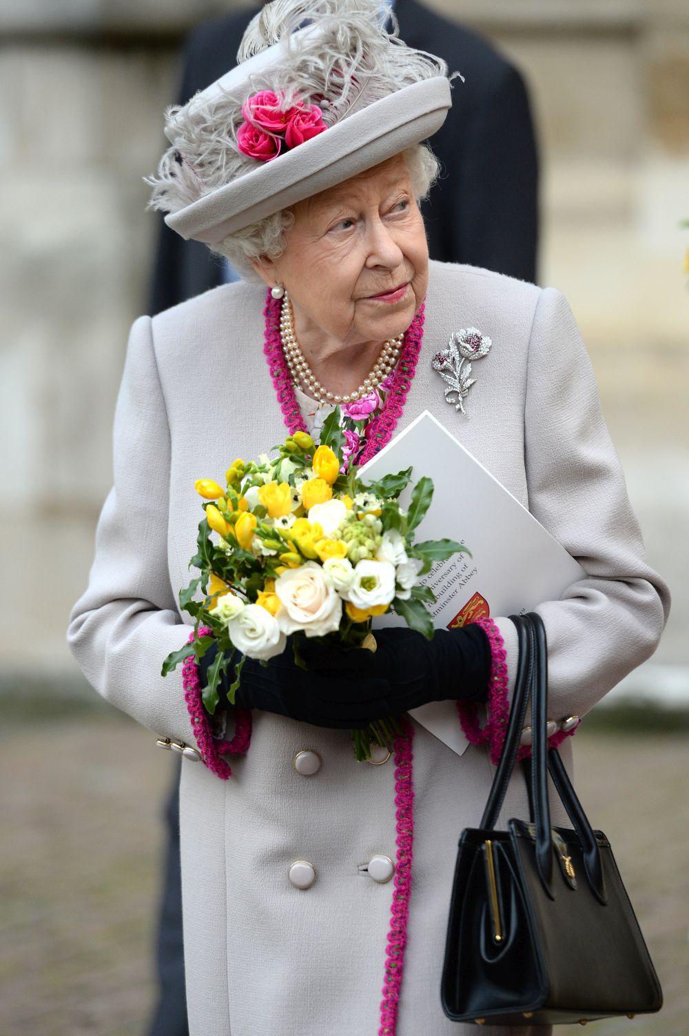 Кралица Елизабет II почете годишнината на Уестминстърското абатство
