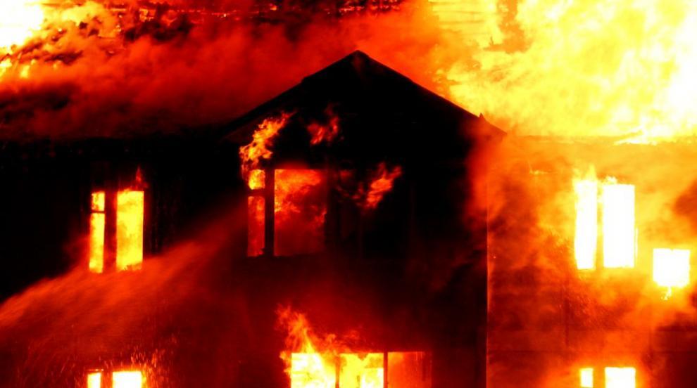 Започва спешен ремонт на изгорялото общежитие в Димитровград (ВИДЕО)