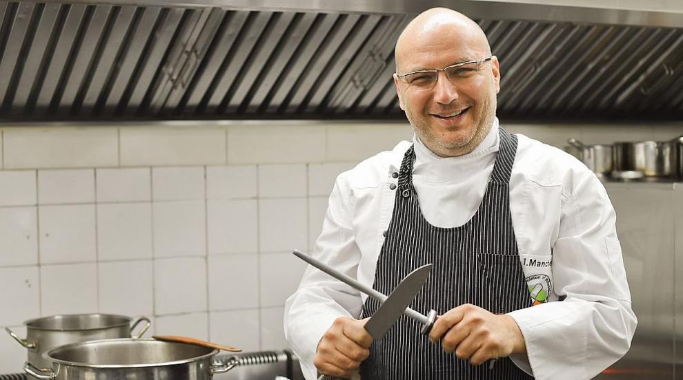 Неудобни въпроси, регионална кухня и вечеря във...