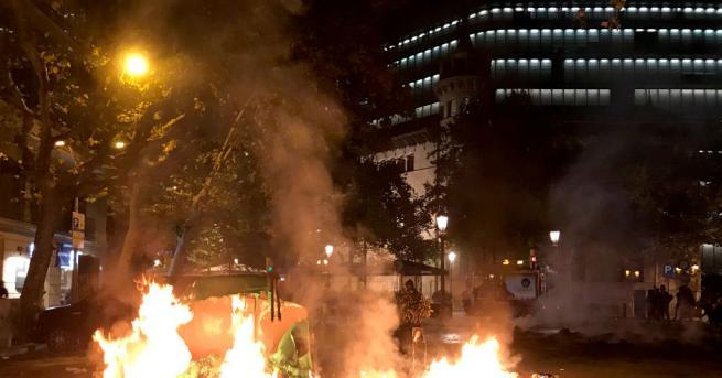 Снимка: Гарата в Барселона с извънредни мерки за сигурност