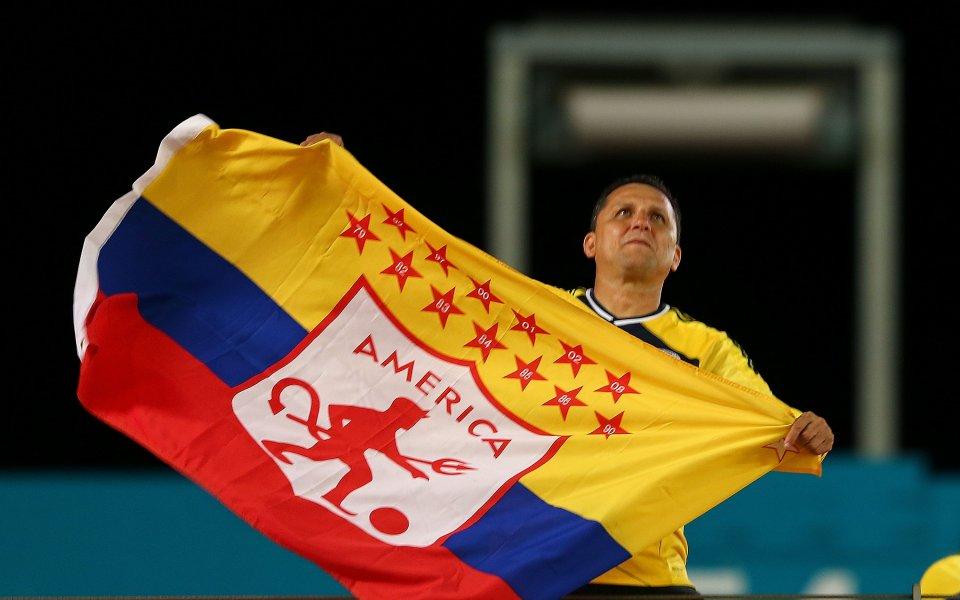Колумбийските футболисти излизат в стачна готовност, след като дълго продължилите