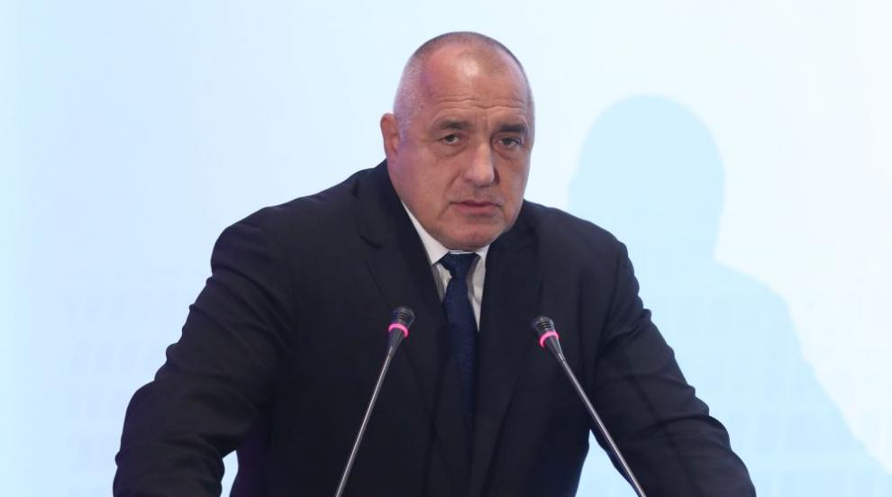 Борисов от Солун: Не пипаме данъци (ВИДЕО)