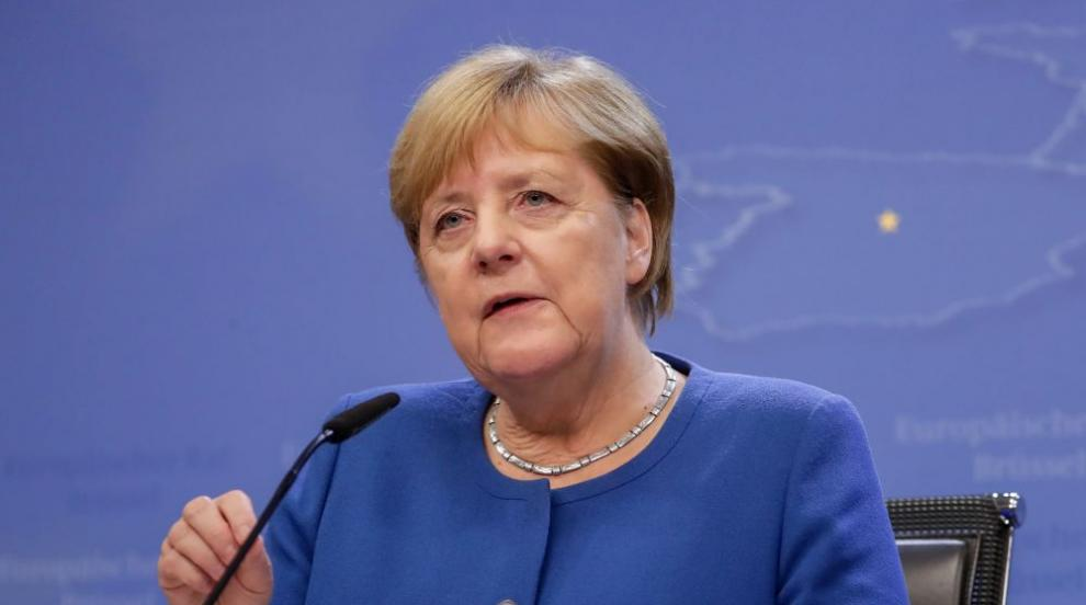 Меркел благодари на германците, че спазват мерките...