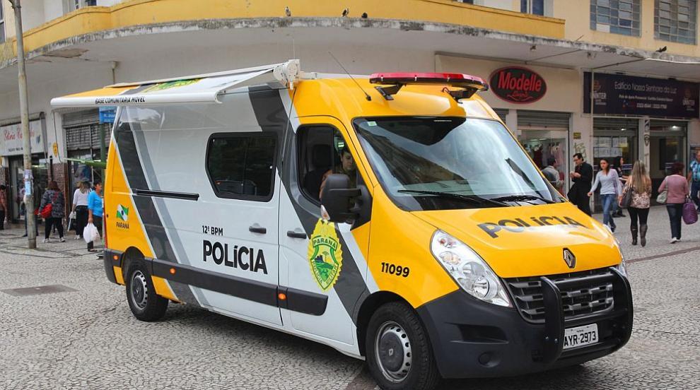 Екшън в Бразилия: Полицията уби трима престъпници след зрелищен обир на...