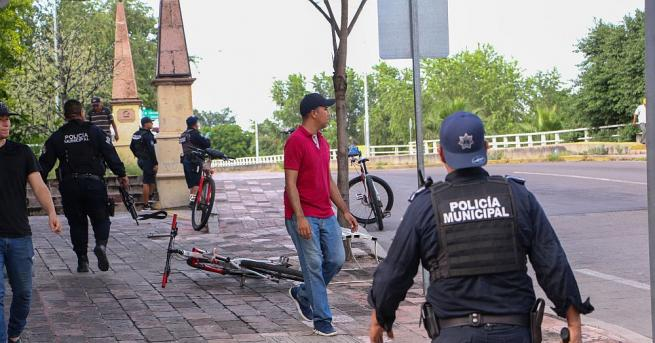 Улични боеве избухнаха снощи между мексиканските сили за сигурност и