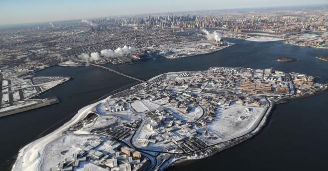 Снимка: Ню Йорк одобри печално известният затвор Райкърс да бъде закрит
