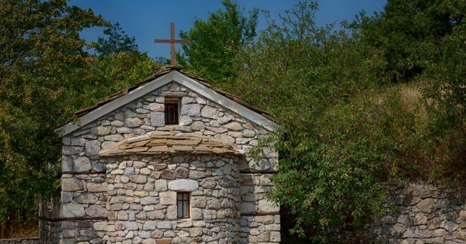Любопитно 5 високоенергийни места в България, които да посетите (СНИМКИ)