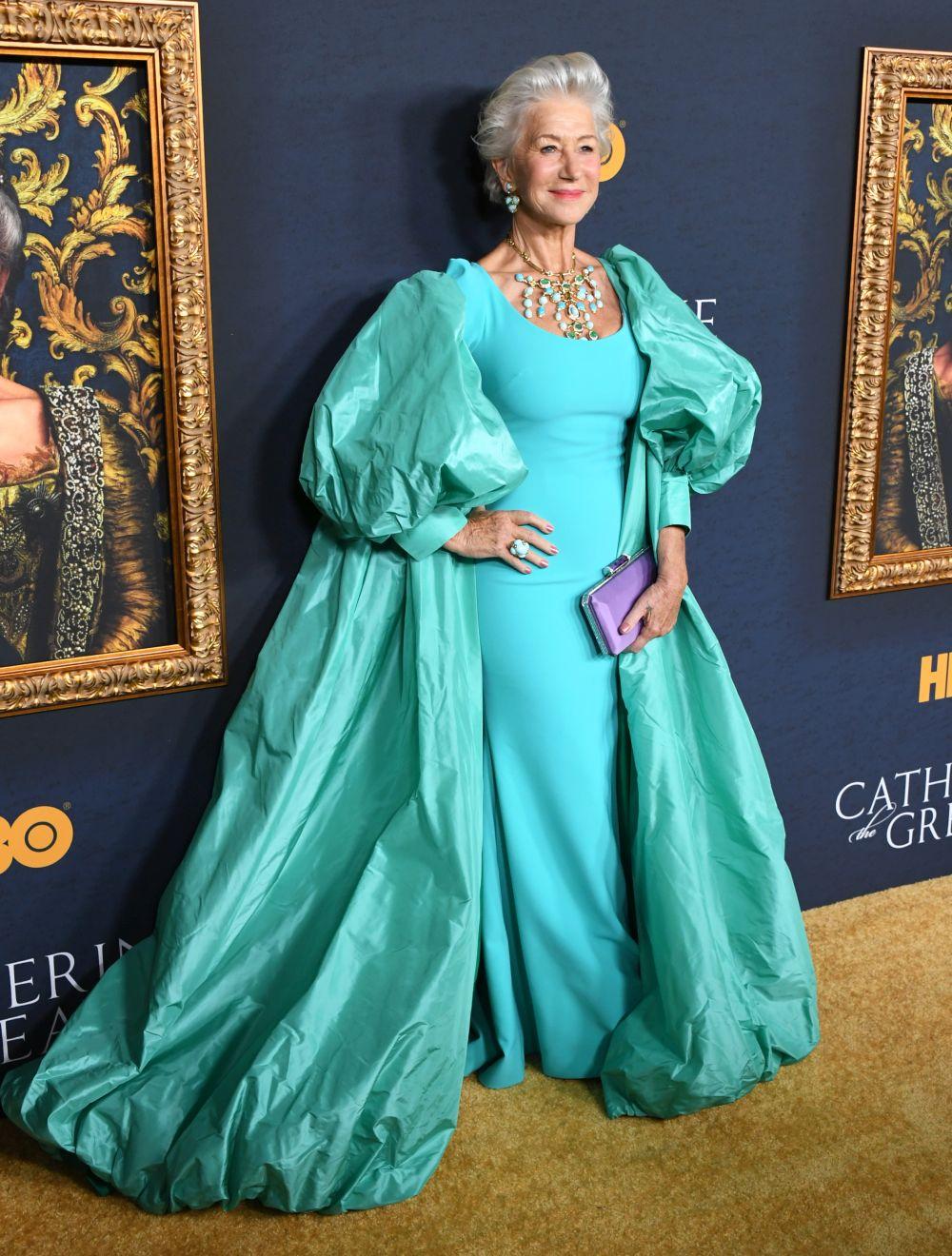 """Какво облече Хелън Мирън за премиерата на """"Екатерина Велика"""""""