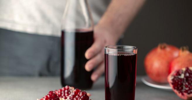 Европейски учени разкриват какви сокове трябва да пият мъжете, за