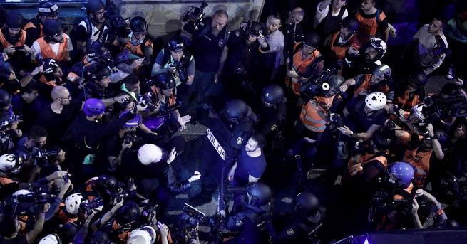Министерство на външните работи съветва българските граждани да не предприемат
