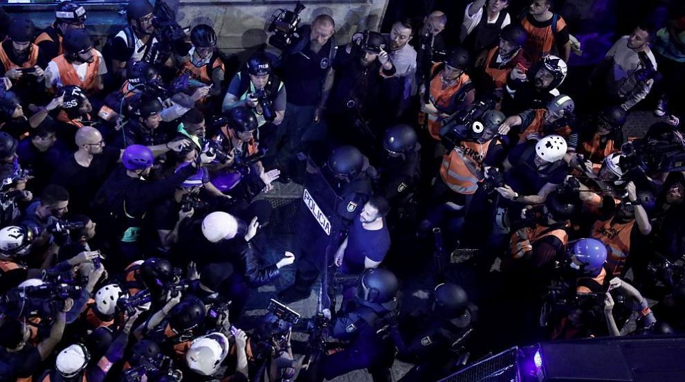 Външно министерство: Не пътувайте до Барселона, ако не се налага