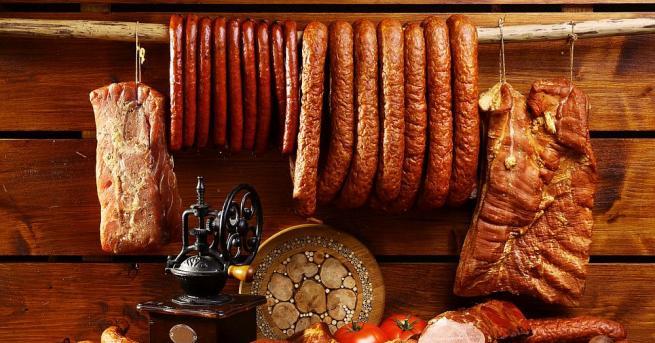 Унищожени са 366 килограма колбас, заразен с листерия. Това каза