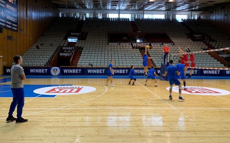 Волейболистите на Левски загряха за битката с ЦСКА