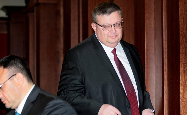 Цацаров е предложението на ГЕРБ и ОП за КПКОНПИ