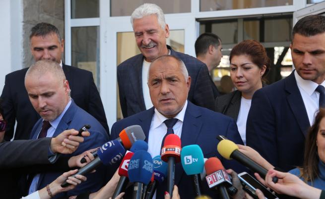 Президентът и премиерът в остър спор за избора на Гешев