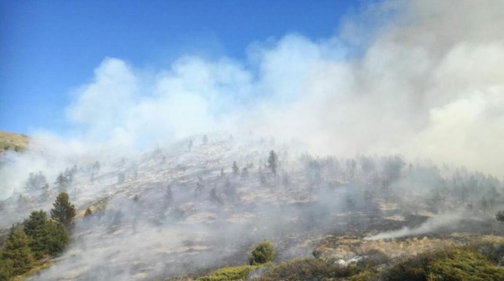 Продължава гасенето на двата големи пожара в Рила и Стара Планина (ВИДЕО)