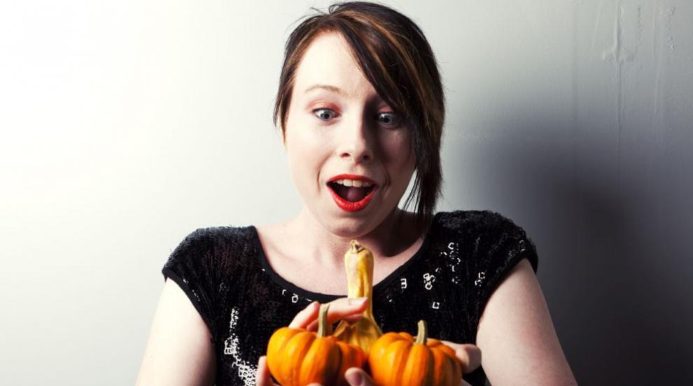 Нова мода в украсата за Хелоуин – тикви с пениси