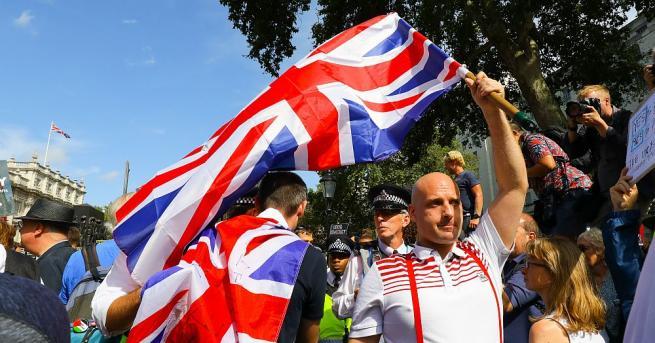 Великобритания ще даде приоритет на борбата срещу глобалното затопляне през