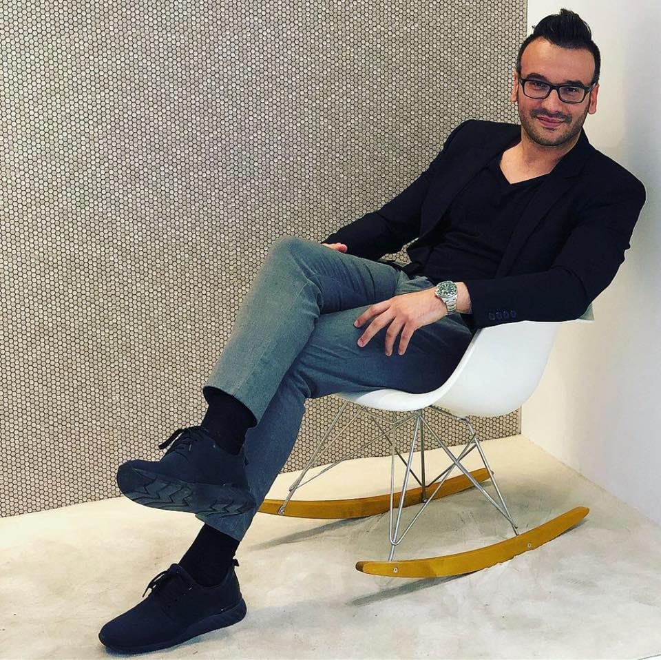 <p>Архитектът Павел Янев е отличен с наградата &bdquo;Най-добър интериорен дизайн на частна резиденция 2019-2020&ldquo; за своя проект SVP House по време на European Property Awards 2019, които се проведоха в Лондон.</p>