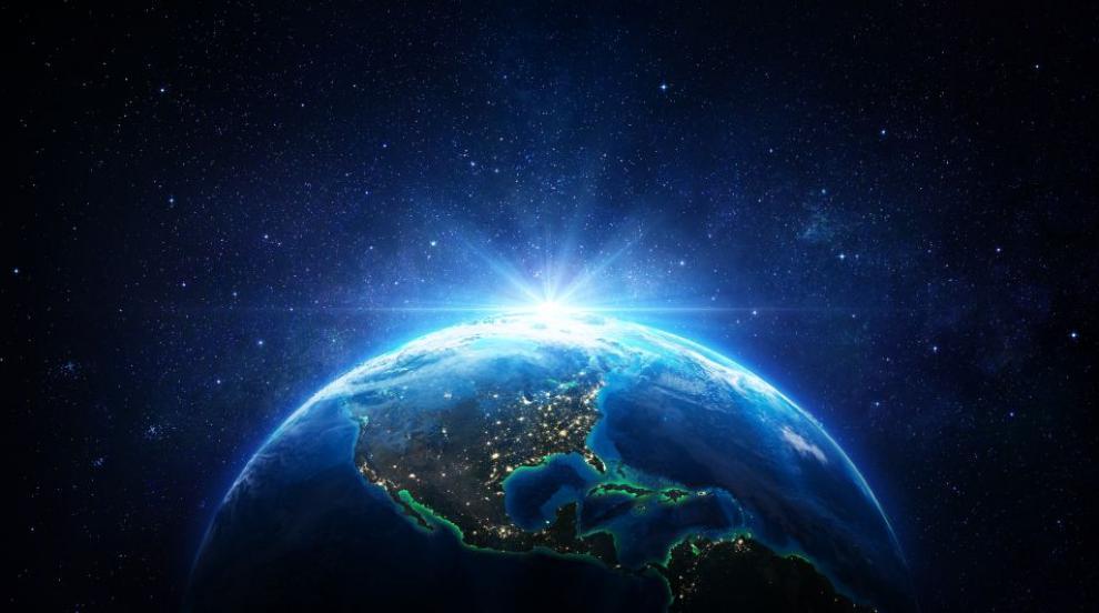 Най-голямата дупка в озоновия слой над Арктика се е...