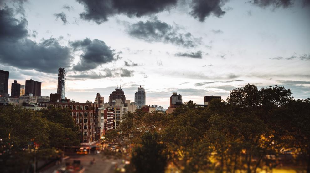 Кметовете по света, след чиито мандати градовете им не са същите (ВИДЕО)