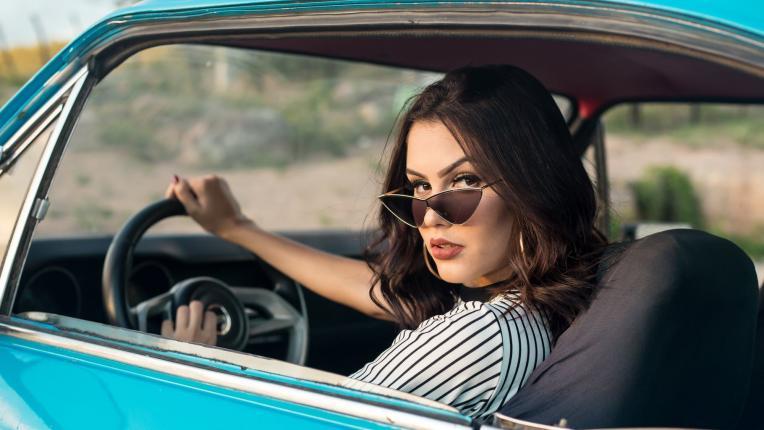 Доказано лично от предната ми броня: жените са по-добрите шофьори