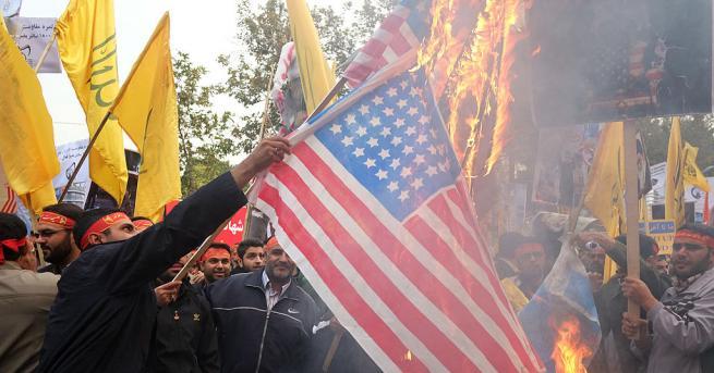 Хиляди иранци скандираха