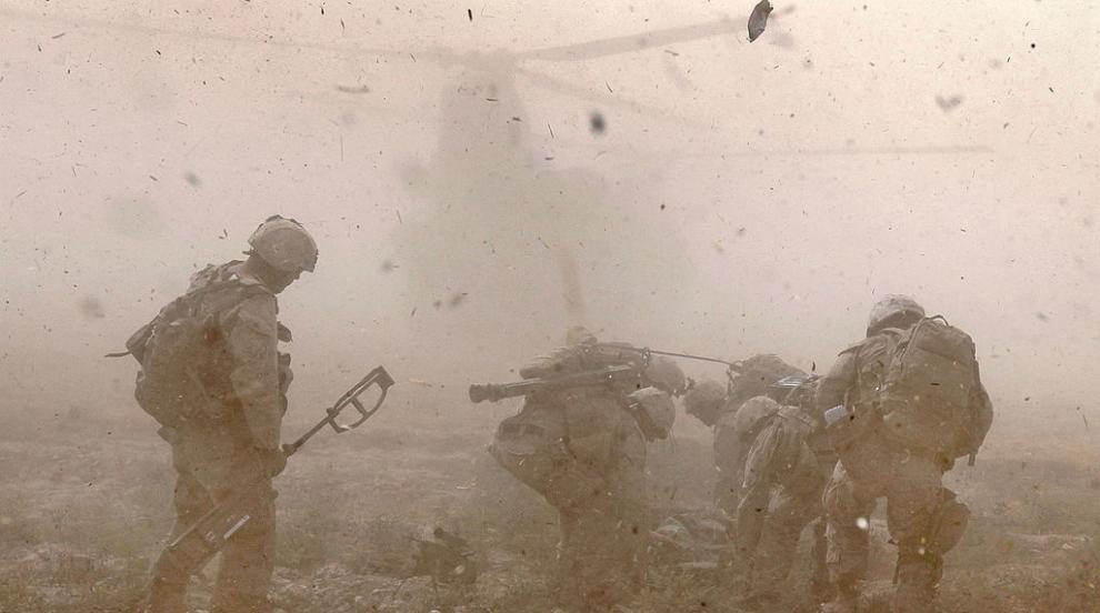 Мина уби 15 цивилни в Афганистан