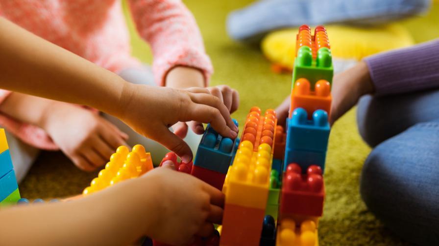 <p>От днес: децата могат да спортуват, отварят детски градини</p>